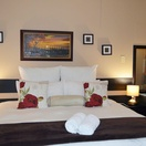 The Khoi Falls Room, Matts Rest B&B Self-Catering